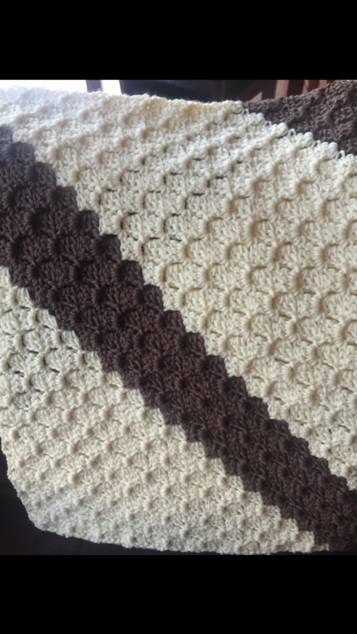 Corner to corner crochet blanket, crochet, baby blanket, how to crochet a baby blanket, how to crochet a corner to corner afghan blanket, free crochet patterns