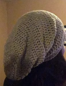 Free crochet pattern for this super easy slouchy hat  crochet 74a731e7308