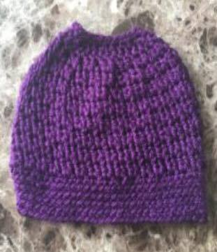 crochet bun hat - ponytail hat - free pattern by diyfromhome.com 91d86e11973